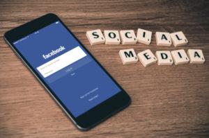mindfulness social media